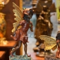 مجسمه برنزی دختر بالدار برنز رنگي با گل EP-735