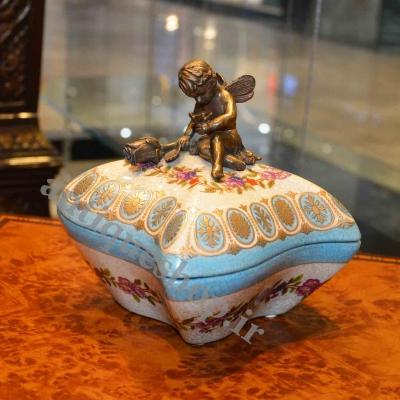 شکلات خوری چینی برنزی فرشته نشسته کجراه کوچک کد 695 B