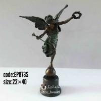 مجسمه برنزی زن شيپور به دست کوچک کد EP-873